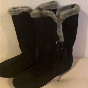 Stuart Weitzman furlure boots